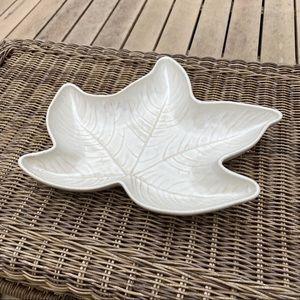 Ivory Stoneware Leaf Tray Bowl Country Originals